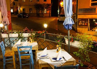 Außenbereich des Restaurant Akropolis in Grafenau
